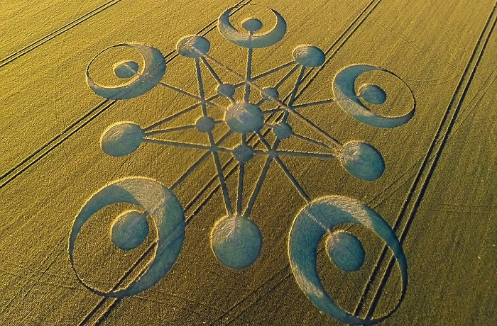 Top 25 des plus beaux crop circles, agroglyphes